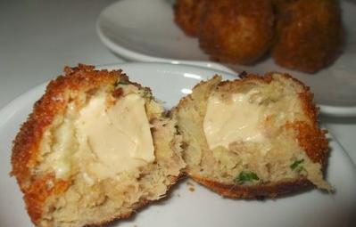 كريات البطاطا بالجبن و التونة