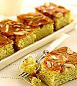 حلويات كعكة اللوز