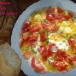 العجة التونسية، عجة بالفلفل و الطماطم