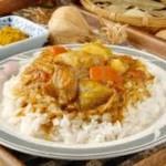 أرز بصلصة الكاري
