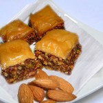 حلويات مغربية، بحلاوة باللوز و الجوز