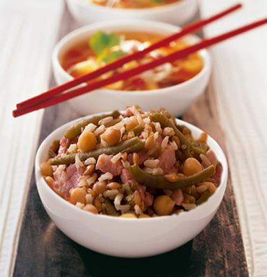 أطباق رمضانية: الشربة الصينية، أرز بالحمص و الخضر و قطايف بكريمة المهلبية و المكسرات