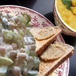 أطباق رمضانية: شوربة الذرة، حمام محشي و سلطة حمص و خضر بالزبادي