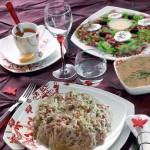 أطباق رمضانية: شربة عدس، أرز بالدجاج و سلطة خس و جوز