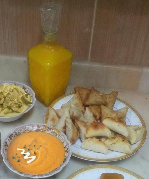 أطباق رمضانية : شربة قرع، دجاج بصلصة الليمون و كريمة فريش و بريك بصلصة البشاميل في الفرن