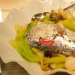 سمك بالخضار المطبوخة